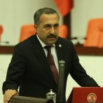 AKP Van Milletvekili Arvas: 'Kaybedersek Sokaklarda Silahlı Çeteler Peydahlanacak'