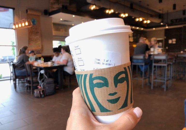 Kahve Severler Buraya: Starbucks'tan Ücretsiz Kahve Almanın 6 Yolu!