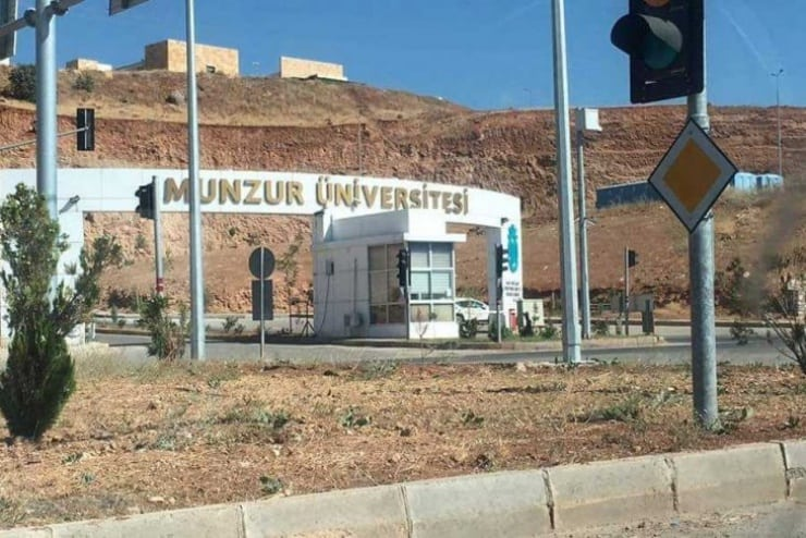 Üniversite Bursları Kesildi: Faizi ile Geri İsteniyor